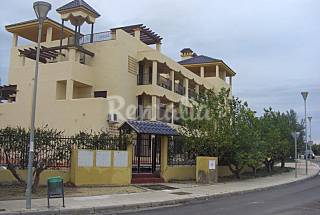 Vivienda en urbanización privada Zona Puerto Rey  Almería