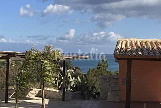 Villa for 5 people only 400 meters from the beach Trapani
