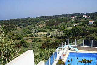 Pool 10 persons 600m to the beach Lisbon
