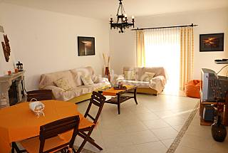 Apartment with 3 bedrooms only 1100 meters from the beach Algarve-Faro