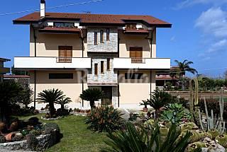 Apartamento de 1 habitaciones a 600 m de la playa Vibo Valentia