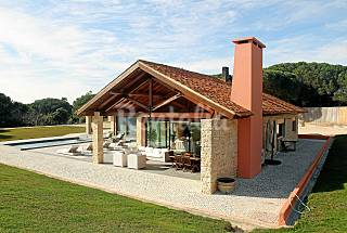 Villa for rent 7 km from the beach Setúbal