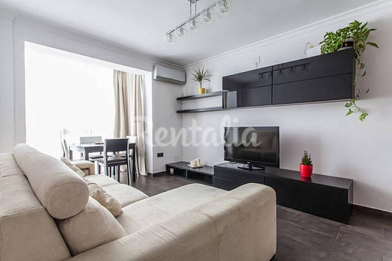Apartamento de 4 habitaciones en sevilla centro sevilla for Habitaciones cuadruples en sevilla