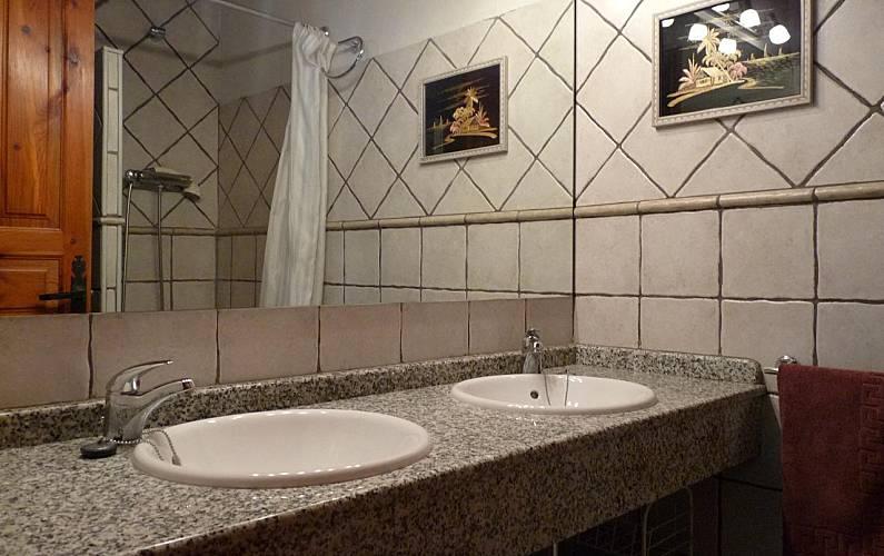 Casa Baño Lleida/Lérida Naut Aran casa - Baño