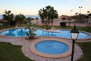 Apartment with 3 bedrooms only 300 meters from the beach Alicante