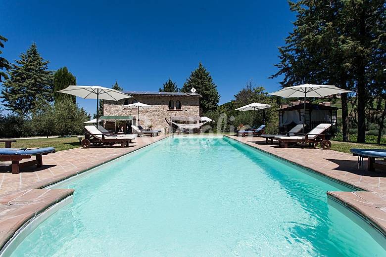 Charming indipendent apt with pool hilltop Perugia Perugia