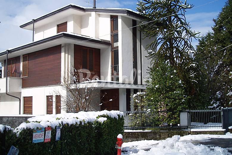 Apartamento de 1 habitaciones piani di bobbio valtorta for Piani di fattoria americana