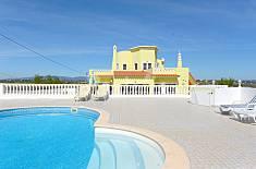 Villa for 8-10 people 3 km from the beach Algarve-Faro