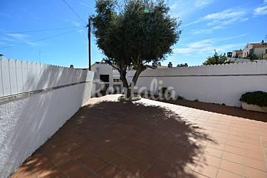 Huis voor 8 10 personen op 1000 meter van het strand barri maritim de comarruga el vendrell - Terras eigentijds huis ...