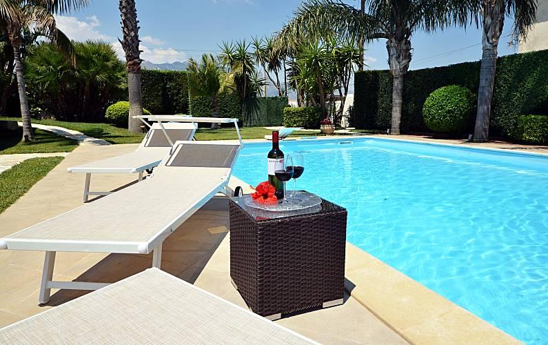 Villa pour 11 12 personnes 4 km de la plage alcamo - Mistretta piscine alcamo ...