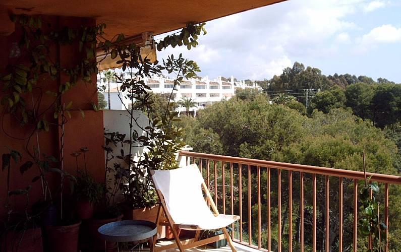 Appartement voor 2 4 personen op 400 meter van het strand sitio de calahonda mijas m laga for Terras strijkijzer