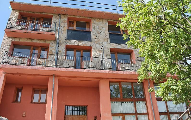 Casa Exterior del aloj. Ávila Hoyocasero Casa en entorno rural - Exterior del aloj.