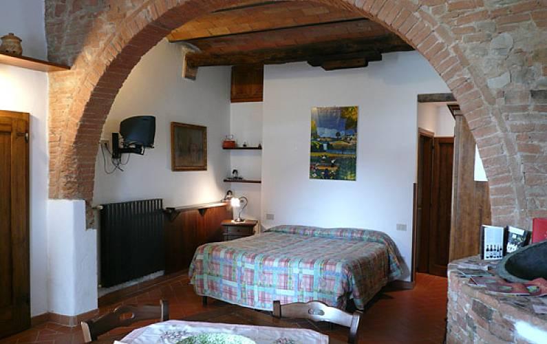 Appartamento in affitto san casciano pisignano san for Piani di casa con una vista verso la parte posteriore