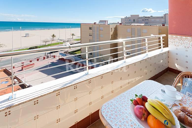 Apartamento para 4 personas a 50 m de la playa grau i - Venta de apartamentos en gandia playa ...