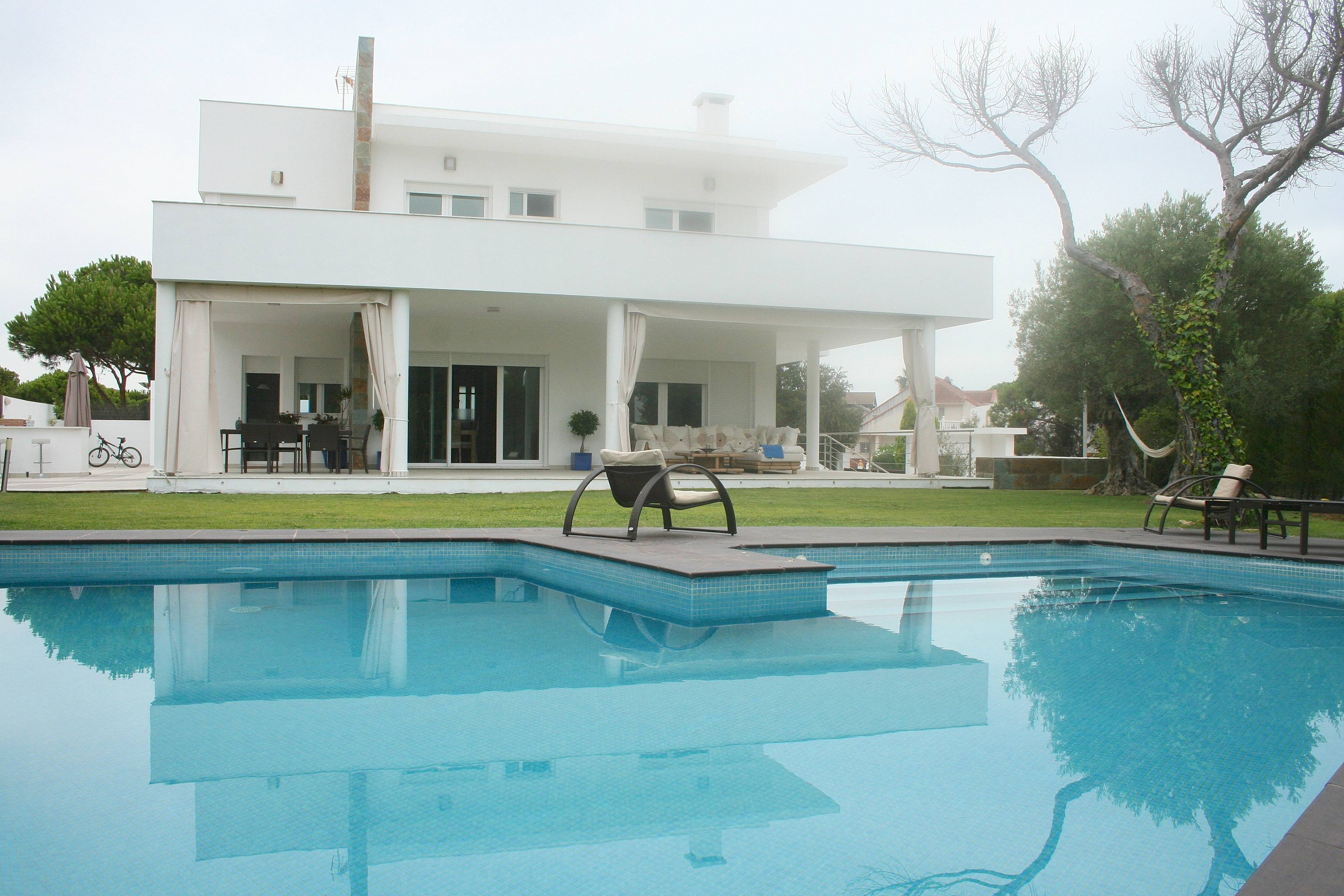 789a49de27405 Villa de lujo con piscina a 300 metros de la playa - Nuevo Portil ...