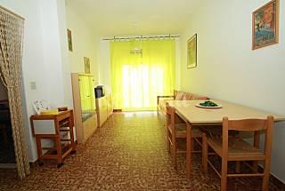 Apartamento para 2-4 personas a 80 m de la playa Ferrara
