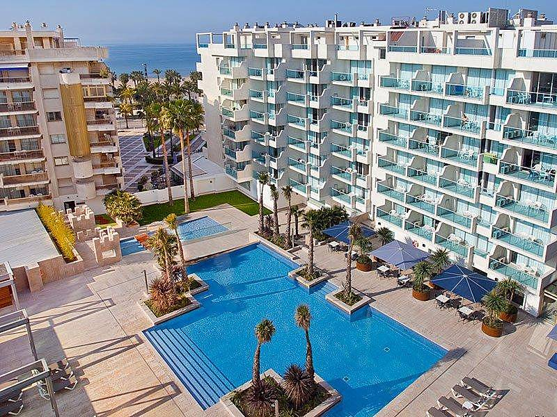 Apartamento en alquiler a 50 m de la playa salou for Apartamentos jardin playa larga tarragona