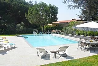 Villa in Etna park, pool, lawn, comfort Catania