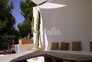 Apartment for 2 people only 100 meters from the beach Ibiza