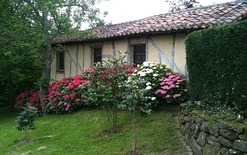 Caserio Jardín Vizcaya/Bizkaia Iurreta Casa en entorno rural - Jardín