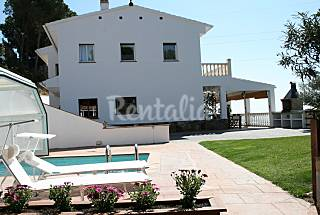 Big villa for 9 pax with private pool Barcelona