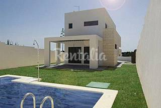 House with 5 bedrooms only 100 meters from the beach Cádiz