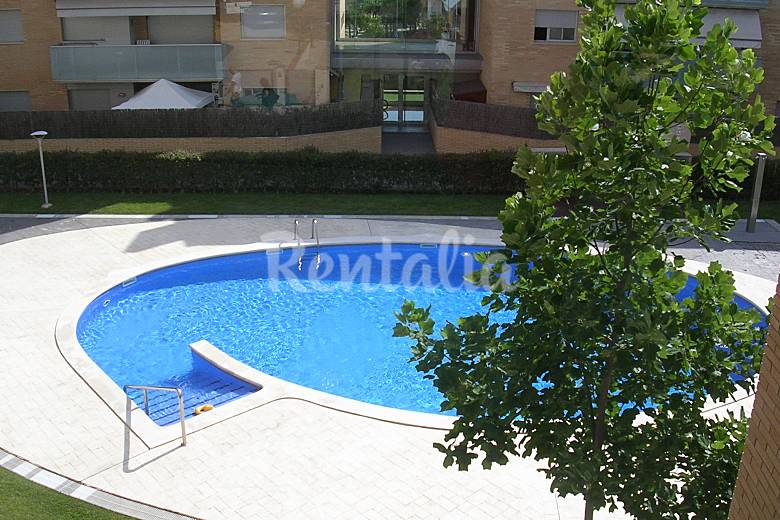 Precioso apartamento con piscina parking internt tossa - Piscina devesa girona ...