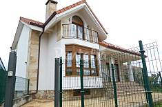 House for 8-9 people 4 km from the beach Cantabria