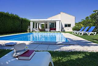 Villa for rent only 1000 meters from the beach Ragusa