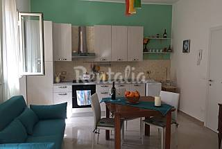 Finished apartment just steps from the sea Palermo