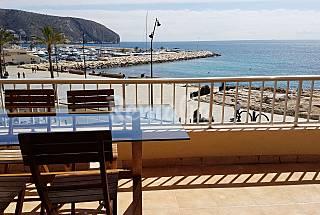 Vistas al mar a 50 m de la playa y náutico Alicante