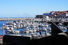 Apto. 2 hab y 2 baños. Enfrente Puerto Deportivo Asturias