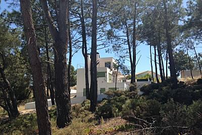 Vivenda com 4 casas de banho a 400 m da praia Setúbal