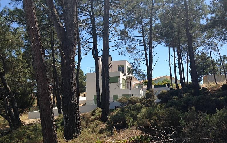 Vivenda com 4 casas de banho a 400 m da praia Setúbal - Exterior da casa