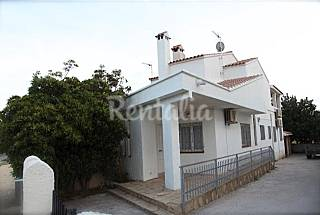 House with 4 bedrooms only 150 meters from the beach Tarragona