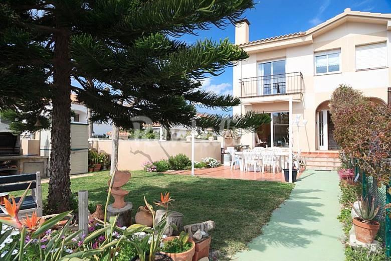 Bonita casa adosada con jard n privado miami playa mont for Jardin villa bonita culiacan