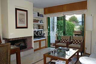 Casa adosada en alquiler a 150 m de la playa Pontevedra