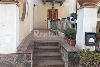 Apartment for 3 people only 80 meters from the beach Messina