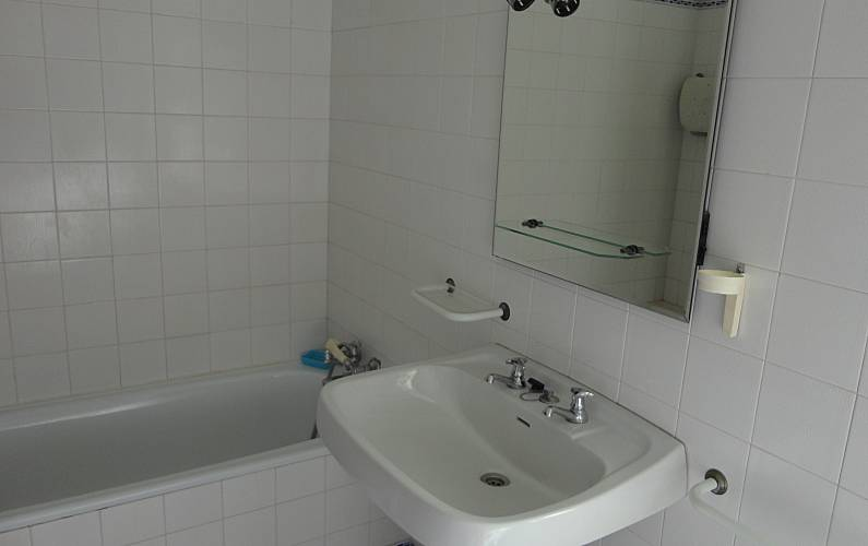 Apartment Bathroom Algarve-Faro Portimão Apartment - Bathroom
