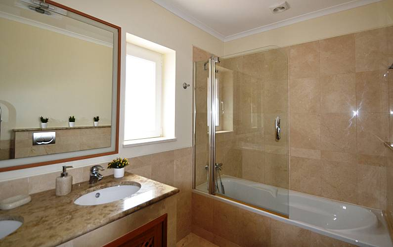 Luxuary Bathroom Algarve-Faro Loulé Apartment - Bathroom