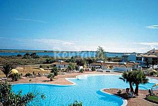Apartment on beach front in Golden Club Resort Algarve-Faro