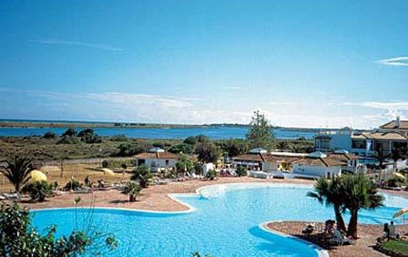 7970/AL Moderno apartamento no Golden Club Cabanas Algarve-Faro - Piscina