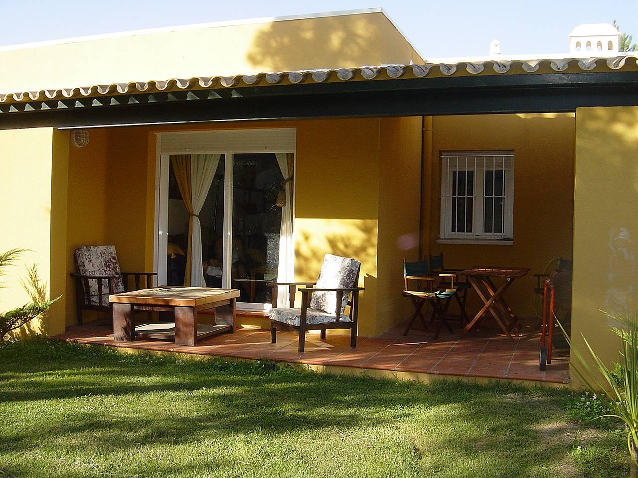 Apartamento de 2 habitaciones a 900 m de la playa - Rentalia islantilla ...