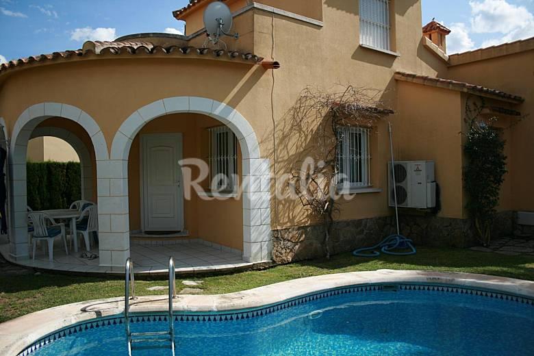 Villa piscine jardin wi fi tv tnt oliva playa oliva for Piscine jardin valence