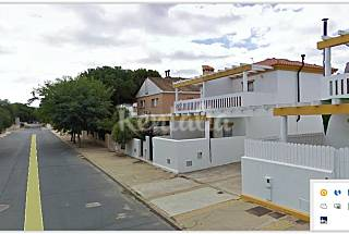House with 3 bedrooms only 200 meters from the beach Huelva