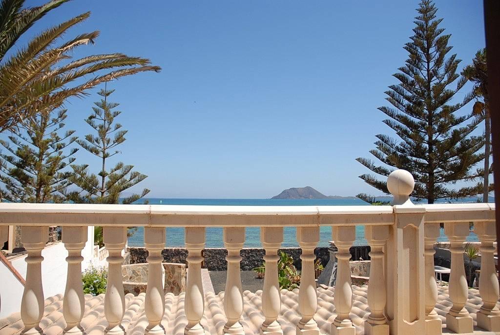 Casa en alquiler en 1a l nea de playa corralejo la oliva fuerteventura - Alquiler de apartamentos en oliva playa ...