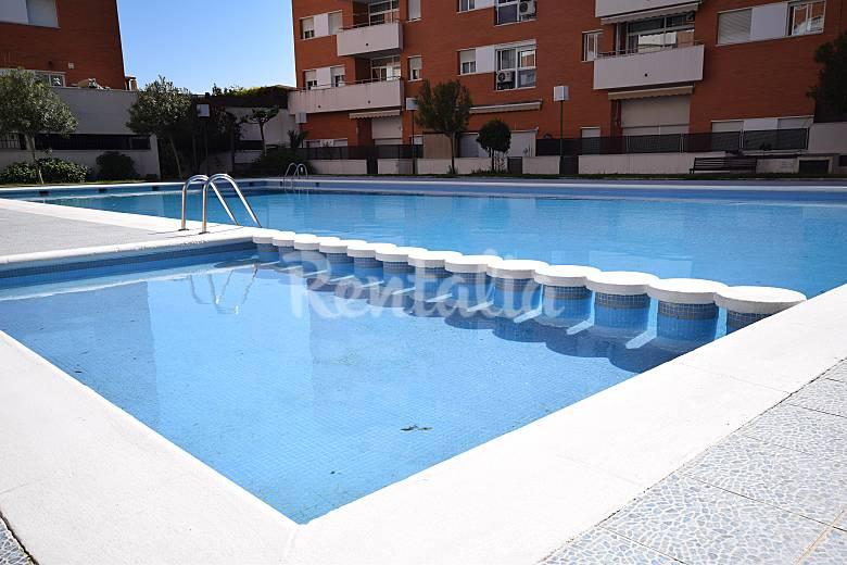 Apartamento lloret playa fanals piscina lloret de mar - Piscina devesa girona ...