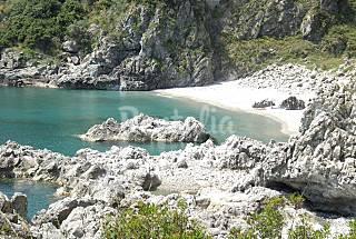 Bahía de Copanello: 2 bonitos apartamentos vista playa  Catanzaro