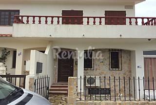 Casa en alquiler a 1000 m de la playa Leiria
