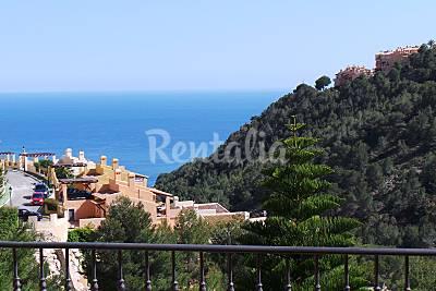 PRECIOSA VILLA con vistas de mar y montaña Alicante